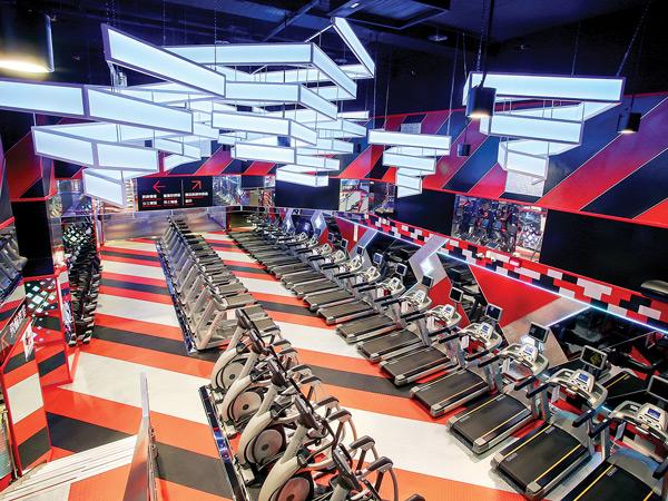 Cardio Floor - World Gym - FuHua, Taiwan