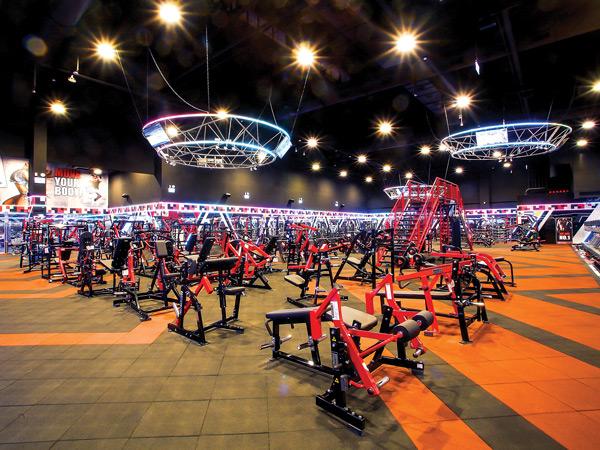 Weight Training Floor - World Gym - ChuBei, Taiwan