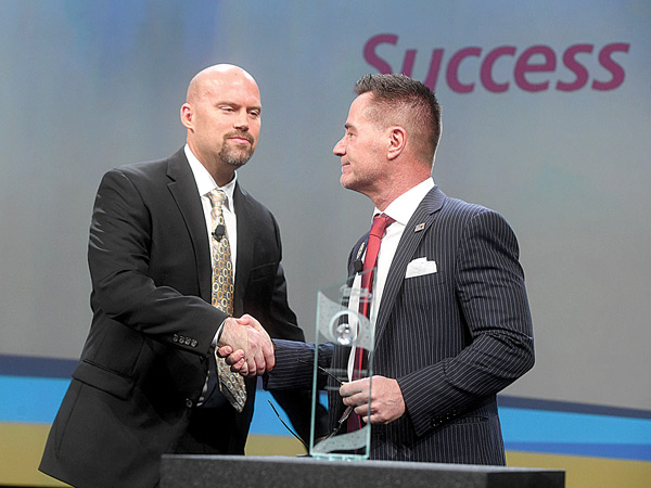 Current IHRSA Board Chairman, Jim Worthington (right), Welcoming Chairman Elect, Jason Reinhardt