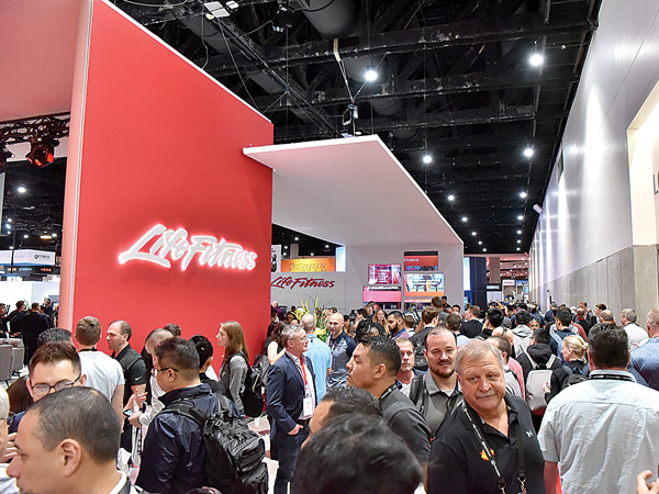 The Packed Floor of the 2019 IHRSA Trade Show