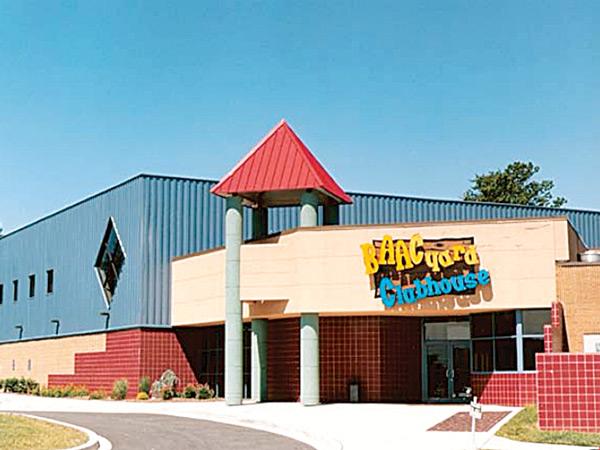 Baacyard Clubhouse at Bel Air Athletic Club
