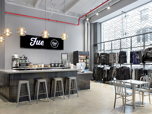 Fuel Bar and Retail Store at Barry's Bootcamp