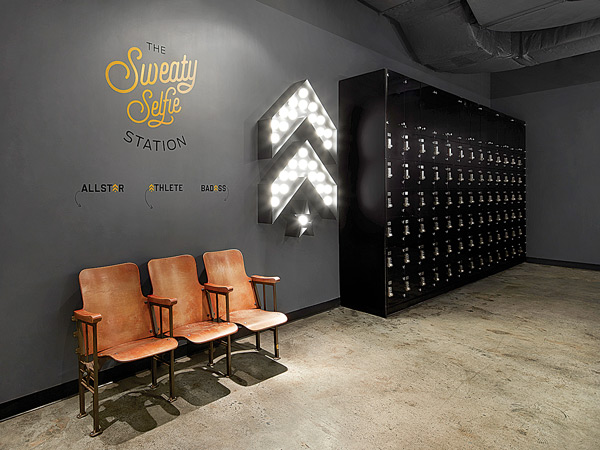 """""""The Sweaty Selfie Station"""" at Barry's Bootcamp"""
